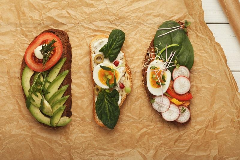 variety-of-healthy-vegetarian-sandwiches