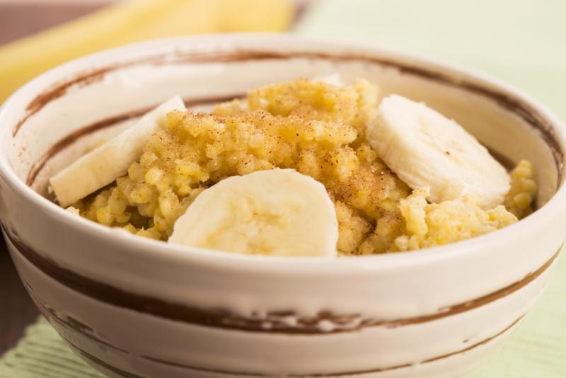 fresh-millet-porridge-with-banana