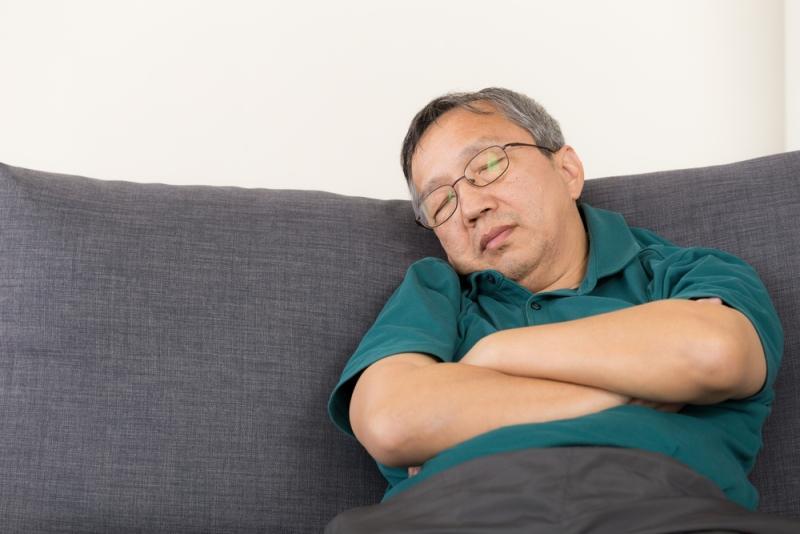 old-man-sleeping-on-sofa