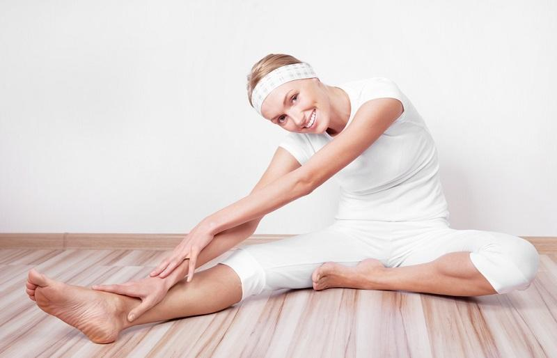 woman-stretching-the-muscles
